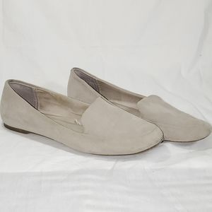 GAP suede moccasin loafer size 9